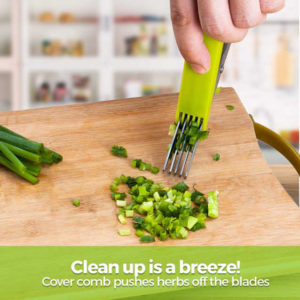 The cover doubles as an herb removal. One quick swipe of the cover removes clinging herbs.