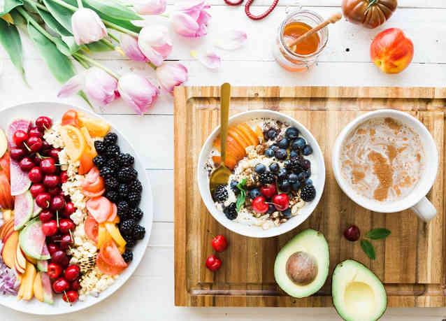 Drizzle infused honey onto oatmeal, porridge or fresh fruits