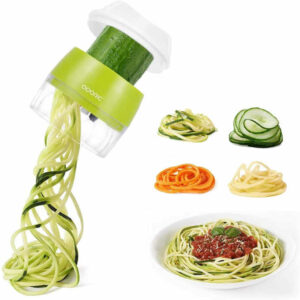 Creates a fun and healthy meals, adding colors to dishes with strands of vegetables and fruits.