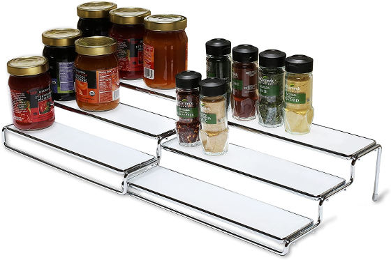 This spice rack organizer has 2 shelves, 1 large and 1 medium. You can either use as one expandable unit or use both separately.